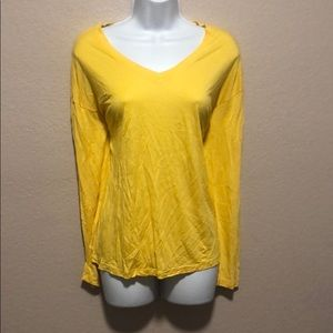 Maison Jules-V neck Yellow top